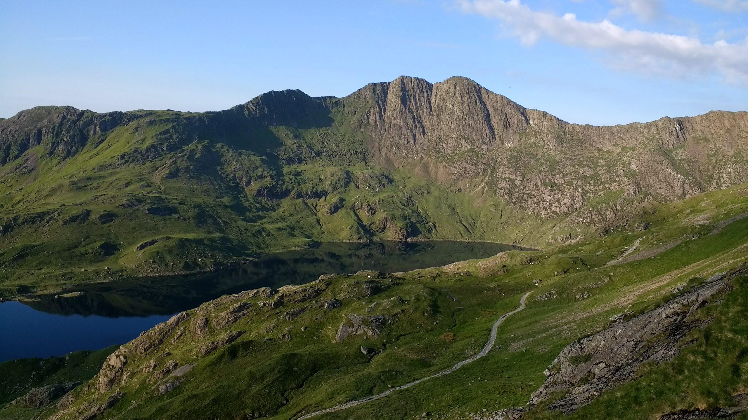 Y Lilwedd, Llyn Llydaw and the Pyg Track
