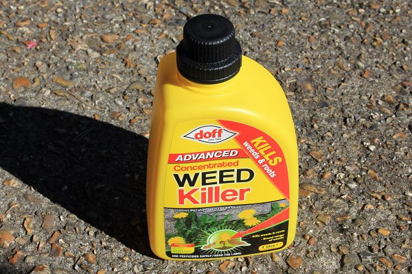 Doff strongest weed killer