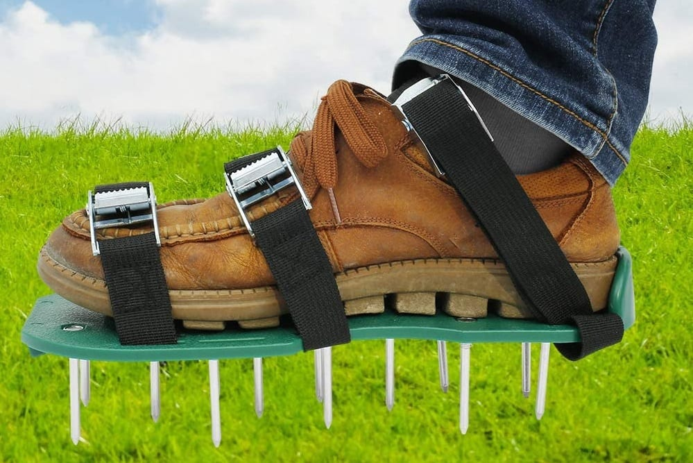 Lawn aerator: shoes and spikes